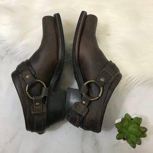 Frye Brown Leather Horse bit Mule Slip On Shoe 7.5